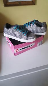 Girls Airwalk sneakers (never worn)