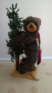 Holiday Standing Bear