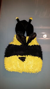 Halloween Bee Costume, 24 month size London Ontario image 1