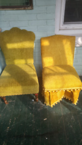 Sweet pair of vintage chairs in yellow and green.