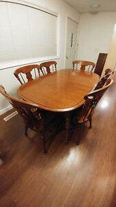 "Solid Maple ""Vilas"" Dining Set"