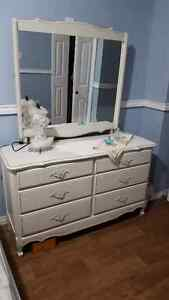 Stunning french provincial white antique dresser set
