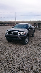 2013 Toyota Tacoma 4x4 Access Cab (Heated Seats, Tonneau Cover)