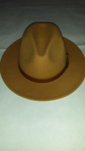 New fedora hat S