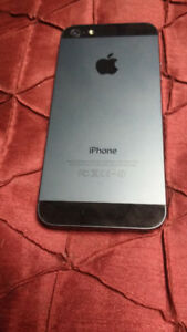 Pristine in condition and unlocked iPhone 5 16gb