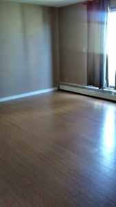 LARGE 2 BED in BANKVIEW, SW - AVAILABLE RIGHT AWAY MOVE IN NOW!