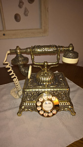 Stunning old fashioned phone