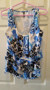 Size Medium Loose Fitting so comfy!