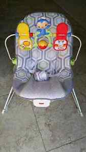 Vibrating Bouncer Chair - Save 50% off retail price