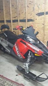 Polaris switchback assault 800 FULL GARANTIE au 28 mars 2018 Saguenay Saguenay-Lac-Saint-Jean image 2