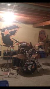 8 piece sonor drumset