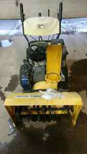 "11Hp 28"" Snowblower with electric start"
