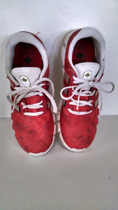 Woman's 7 1/2 Adidas Runners ,