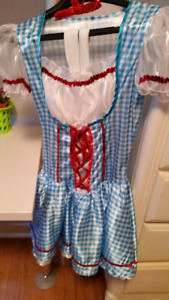 Halloween costumes-Dorothy & Little Red Riding Hood