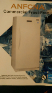 Commercial Upright freezer 20.6 cubic feet
