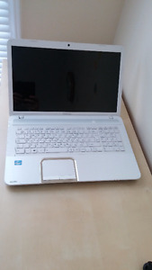 Toshiba Satellite L870 – D2W for parts
