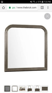 New in box: Mirror for dresser