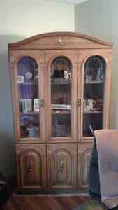 Reduced China/display cabinet