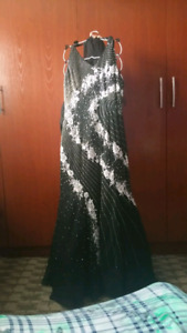 black and white sleeveless dress for graduation or evening party