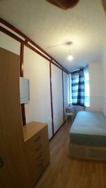 1 Sgl - 1Dbl Room close to Dollis hill - NW10