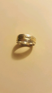 Ring size 10