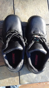 Steel toed work shoes, never worn!