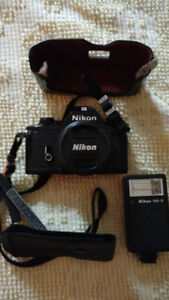 Nikon em camera, case and nikon flash