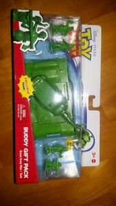 Toy Story Disney Buddy Gift Pack Green Army Men Tank