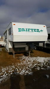 1998 Travelaire Drifter Fifth Wheel
