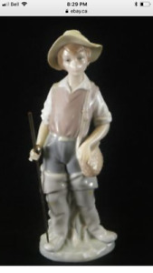 "Lladro ""fisherman"" porcelain collectable"