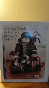 """Famille de """" Bonhommes de neige """", à vendre. West Island Greater Montréal image 7"""