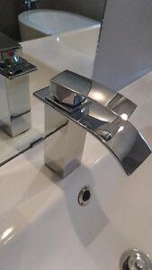 2 Modern waterfall bathroom faucets - Robinet de salle de bain Gatineau Ottawa / Gatineau Area image 2