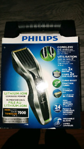 BNIB Philips Series 7000 Beard/Hair Clipper