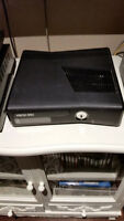 Seliing Xbox 360! - Mint condition!!