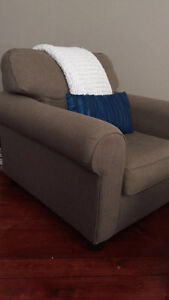 Reversible Comfy couch&love seat, oversized chair. London Ontario image 4