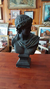 """VERY LARGE GREEK OR ROMAN STYLE BUST SCULPTURE 22"""" TALL 12"""" WIDE West Island Greater Montréal image 3"""