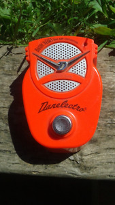 "Danelectro ""Bacon N' Eggs"" mini amp /distortion pedal"