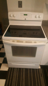 """30"""" Kenmore self cleaning  stove/oven"""