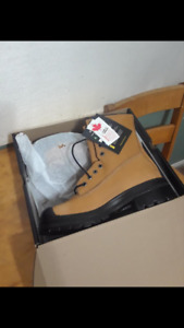 Brand new Terra workboots STILL 4saleMarch21, size 10