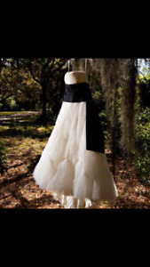 Vera Wang Brianna Wedding Dress