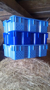Stackable Hard Plastic Vented Containers