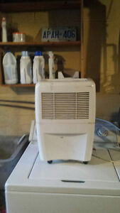Whirlpool De humidifier - Excellent working condition