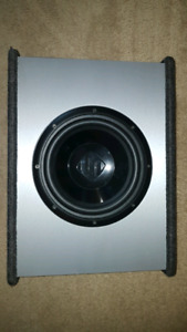 "10""Amplified subwoofer in ported box+acces."