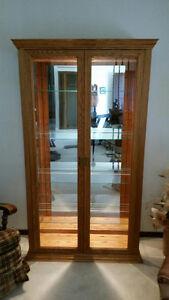 Beautiful Oak Display Cabinet - Mint condition