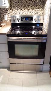 Duo cuisinière / réfrigérateur Samsung