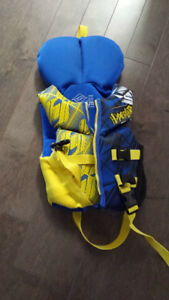 Children's PFD - excellent used condition!