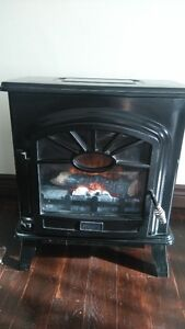 Electric fire place in very good shape