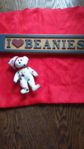 Holly Bear Christmas Beanie Baby plus carved  wooden sign