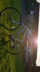 Apollo Cafe 2 hybrid 20 inch frame bike in very good condition ready