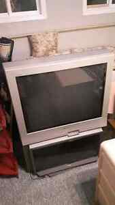 "37"" SONY TV, WORKS GOOD $40 OBO Prince George British Columbia image 1"